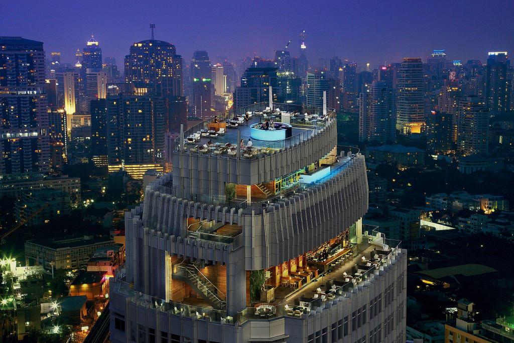 รีวิว!! 12 ที่พักกรุงเทพ มี Rooftop Bar วิวดีราคาไม่แพง เริ่มต้นแค่คืนละ 750 บาท!