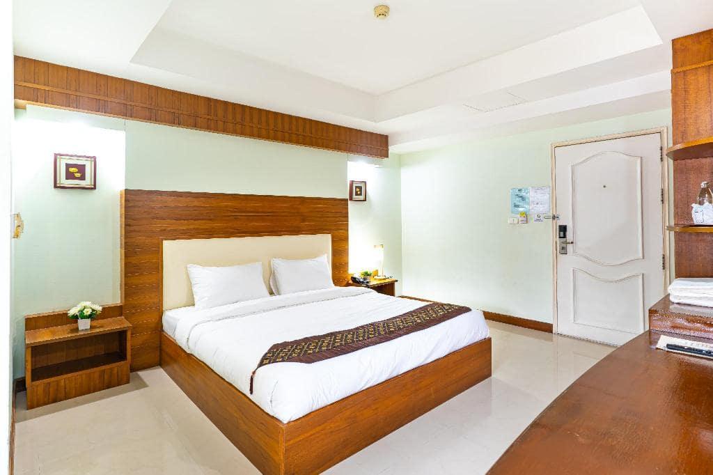 Sirin Hotel & Resident ที่พักในเมืองของแก่น เริ่มต้น 490 บาทเอง!