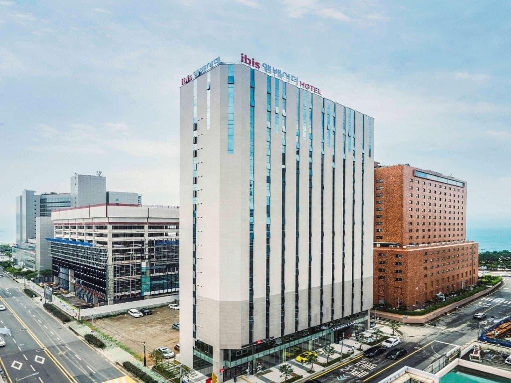 รีวิว!! 10 โรงแรมปูซานสวยๆ มีวิวทะเล อัพเดตใหม่ล่าสุด!