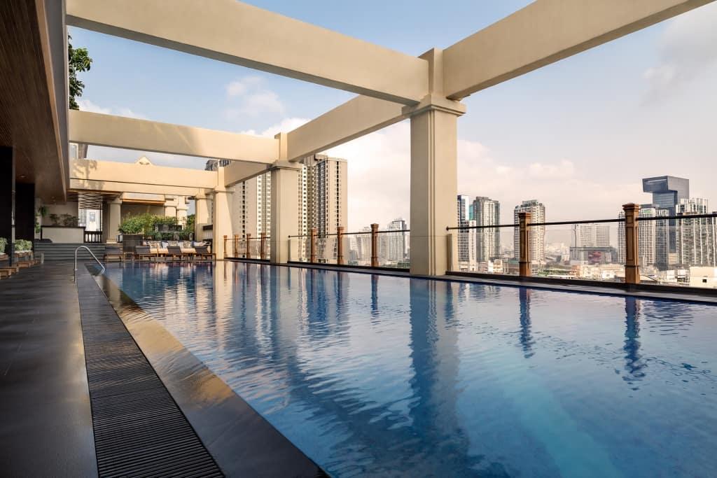10 โรงแรมกรุงเทพ มีอ่างจากุซซี่ วิวดี ราคาเริ่มต้น 799 บาท!
