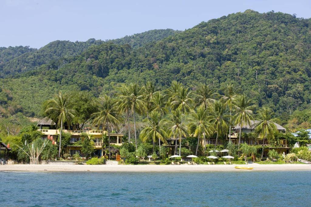 10 ที่พักเกาะลันตา ติดทะเล ราคาถูก เริ่มต้นคืนละ 375 บาท!