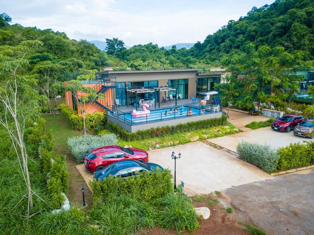 The X10 Private Pool Villa เขาใหญ่ ออกโปรลดสูงสุด 66% เริ่มต้น 2,890 บาท!